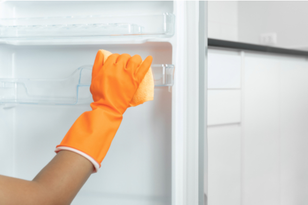 How do I keep my refrigerator clean?